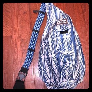 KAVU rope sling crossbody bag EUC